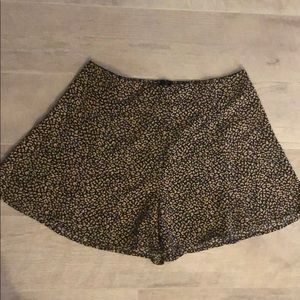 Flows leopard high waisted shorts